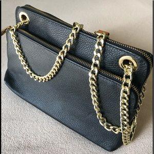 OFFERS??NWOT Valentina leather crossbody bag.